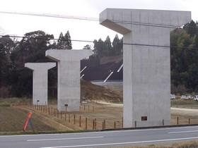 坂本高架橋下部工事